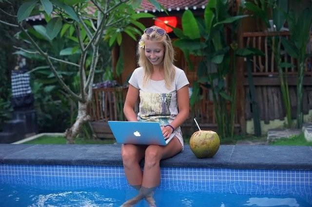 Droids On Roids na Bali